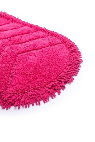 Odel Solid Chenille Loop Nonslip Oval Bathmat