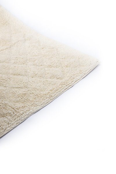 Odel Solid Diamond Tufted Non Slip Ivory Bathmat